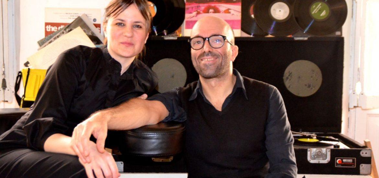 L'artista italiano Motiscause con la sua socia e compagna Francesca Regni