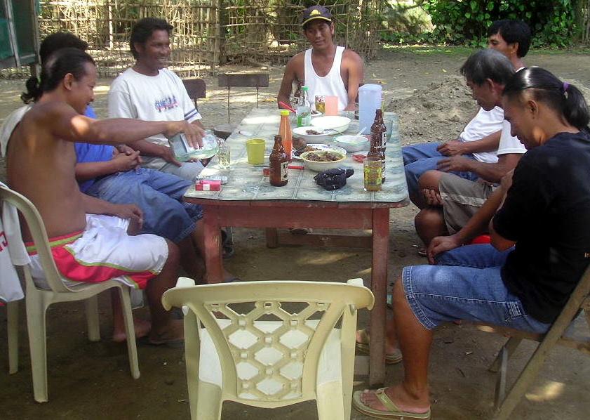 rispetto nelle Filippine - tagay
