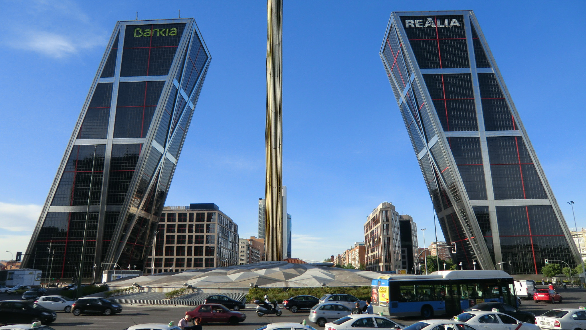 Plaza de Castilla a Madrid. Foto Reinhard Link