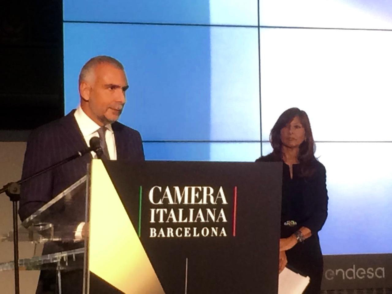 L'Ambasciatore d'Italia in Spagna, Stefano Sannino durante il suo discorso di chiusura della terza edizione del Premio Faro del Mediterraneo.
