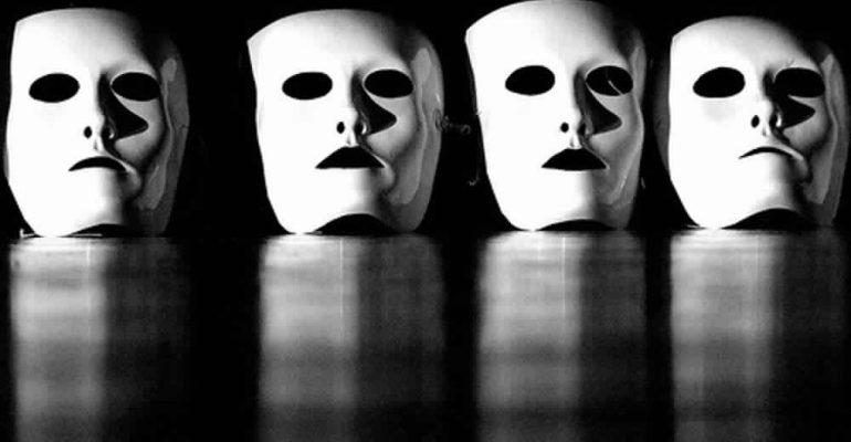 Un corso di teatro per integrarsi all'estero