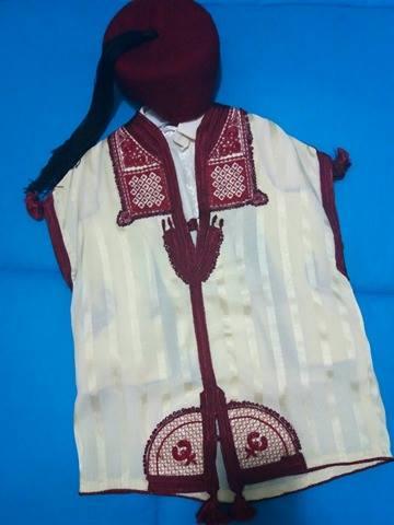 Djebba, abito tradizionale indossato dal bambino dopo la circoncisione