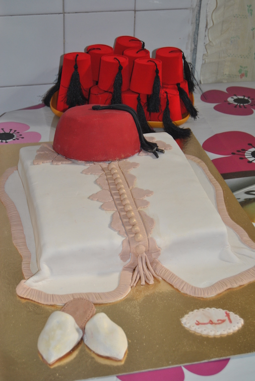 Torta in pasta da zucchero realizzata espressamente per festeggiare la circoncisione di un bambino in Tunisia.