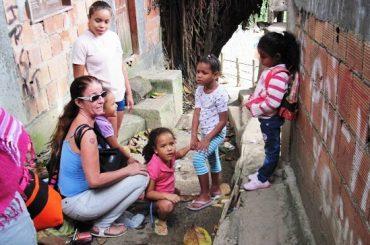 Vivere nella favela di Rocinha a Rio de Janeiro. La storia di Barbara Olivi
