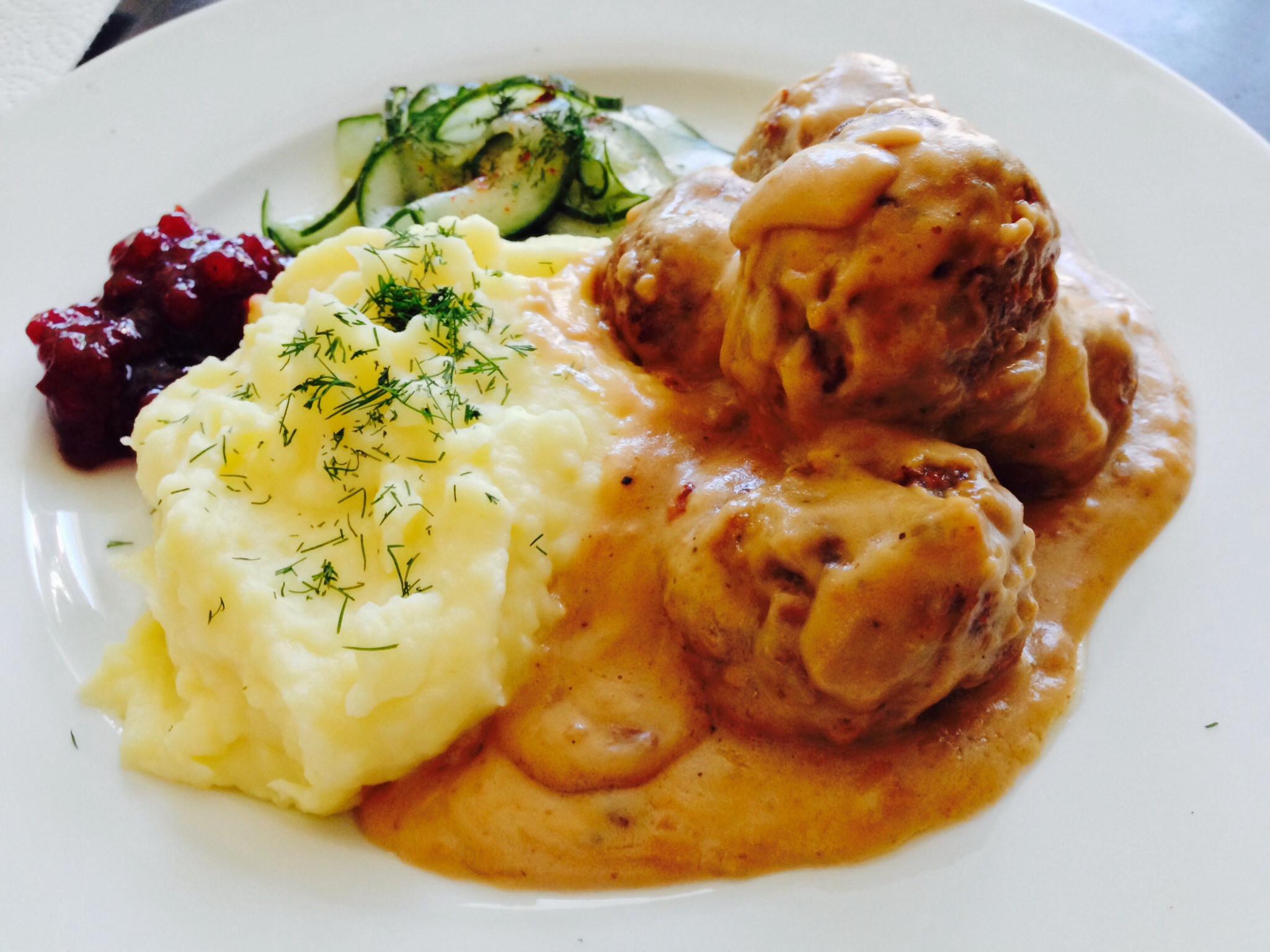Cucina svedese i piatti tradizionali del paese scandinavo - Ikea piatti cucina ...