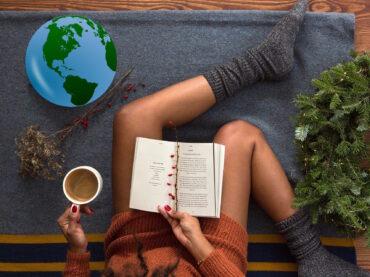 10 libri da regalare a Natale per fare il giro del mondo