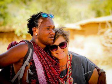 Da Trento alla Tanzania per vivere da moglie di un masai. La storia di Cristina Valcanover