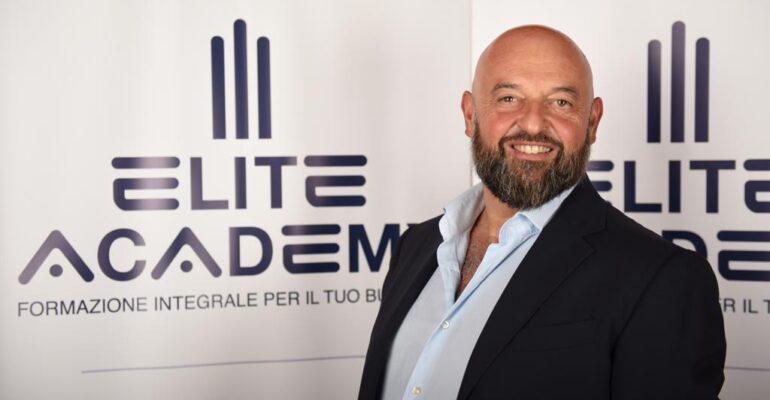 """Rilanciarsi con LinkedIn. Alessandro Bertoldi crea """"Eve"""", rete di professionisti per far fronte alla crisi"""