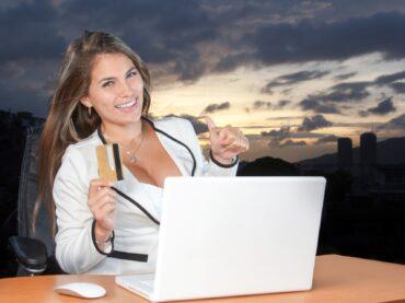 """Ottomila euro in due settimane per navigare in Internet """"in diretta"""". Opera cerca il candidato ideale"""