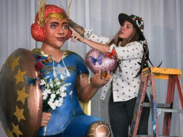 Claudia La Bianca, street art e scultura per rendere omaggio agli eroi Covid