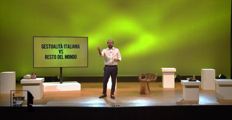 """La gestualità italiana va in TV. Luca Vullo presenta l'esilarante show """"Il potere nei gesti"""""""
